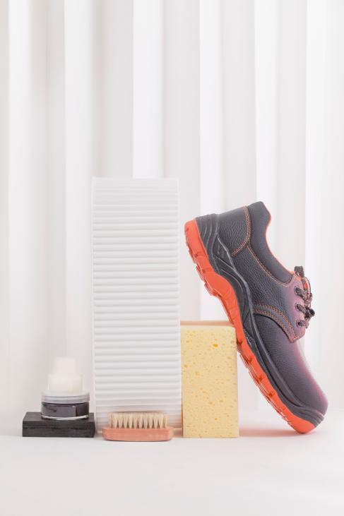 czyszczenie-obuwia